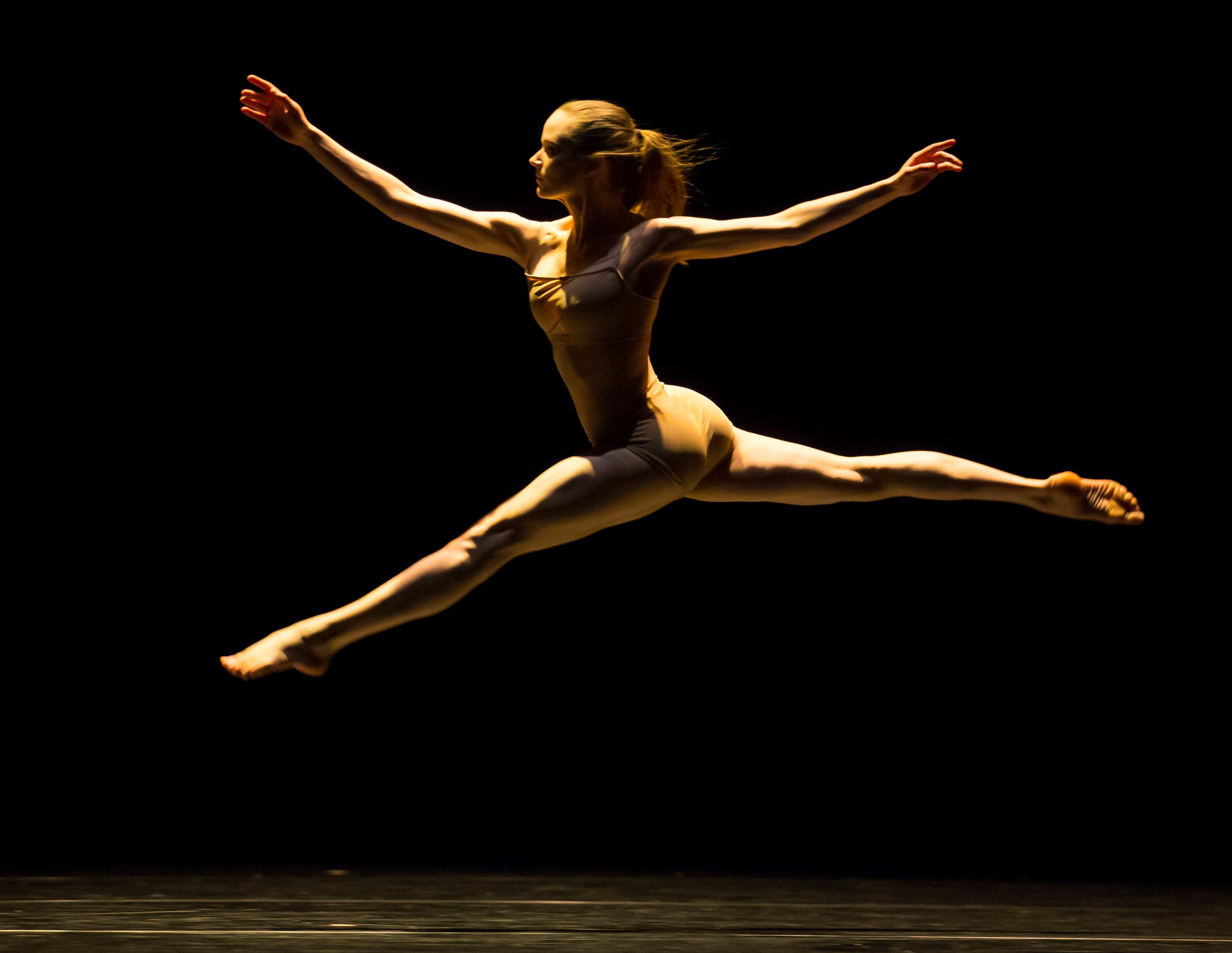 Alice Klock's in Twyla Tharp's The Golden Section