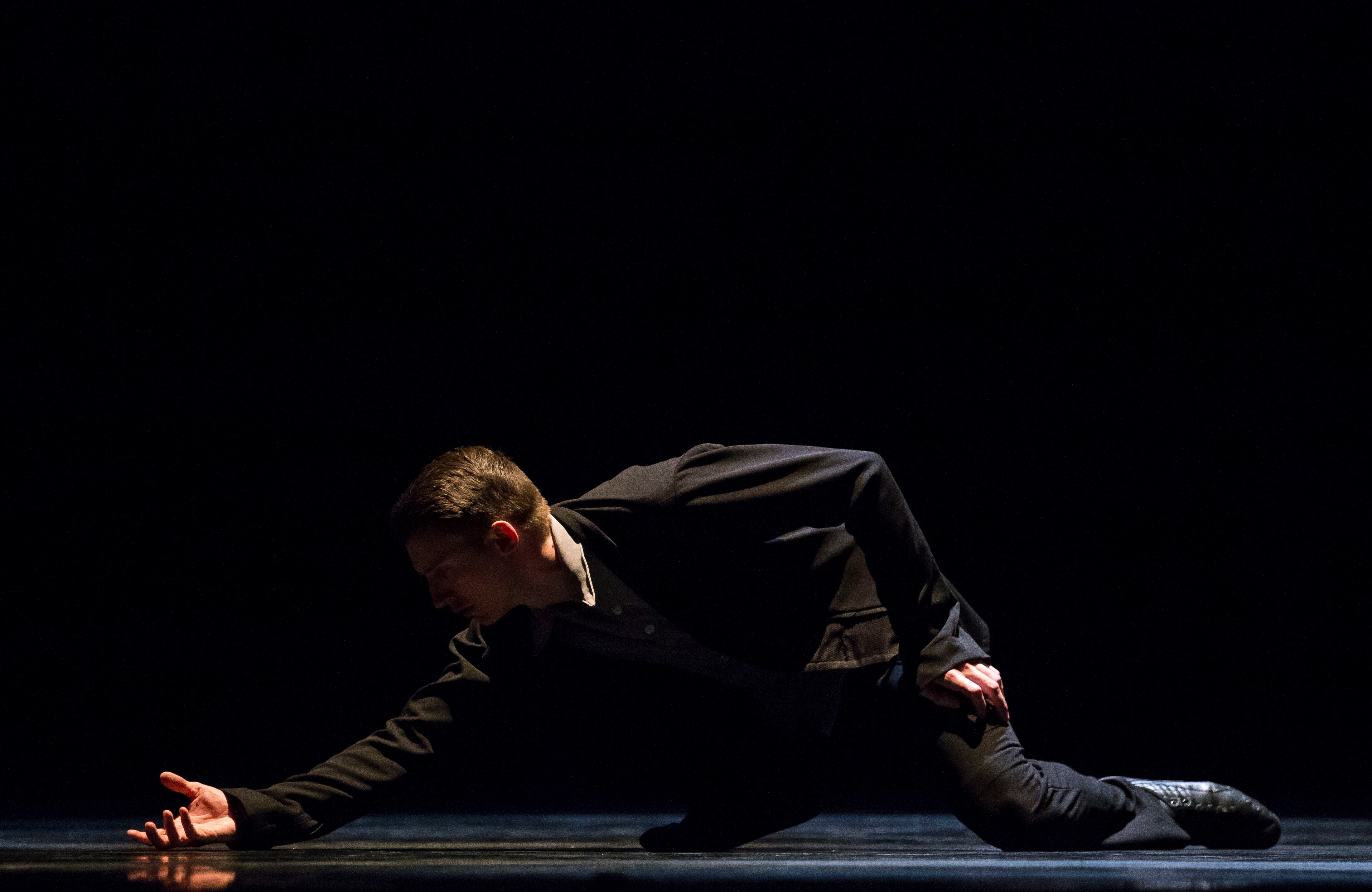 Hubbard Street dancer Jason Hortin in Crystal Pite's A Picture of You Falling